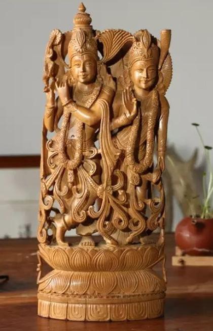 檀香木价格涨势喜人 檀香木雕堪称人间极品木雕