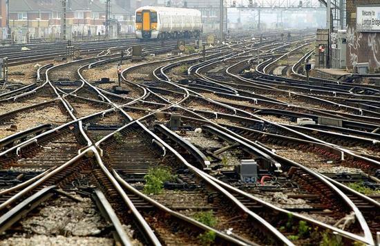 英国太阳能列车研究有新进展 规模性运行还需要时间