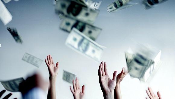 """海外""""囤积""""3.5万亿美元 美元多头可望不可即?"""