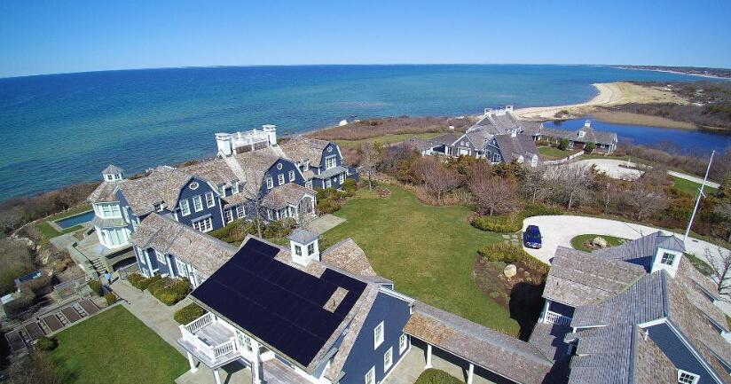 美国光伏发电别墅区的屋顶太赞了!省钱又美观