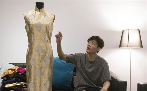 """旗袍的""""花样年华""""不再 """"80后""""旗袍收藏家中却能找到"""