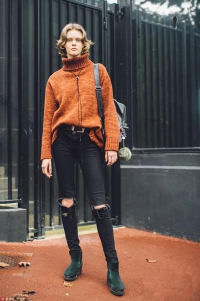 高领毛衣如此挑人? 三个法则让你轻松暖又美