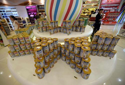 澳洲奶粉曲线销往中国 仓库中间商遍地开花