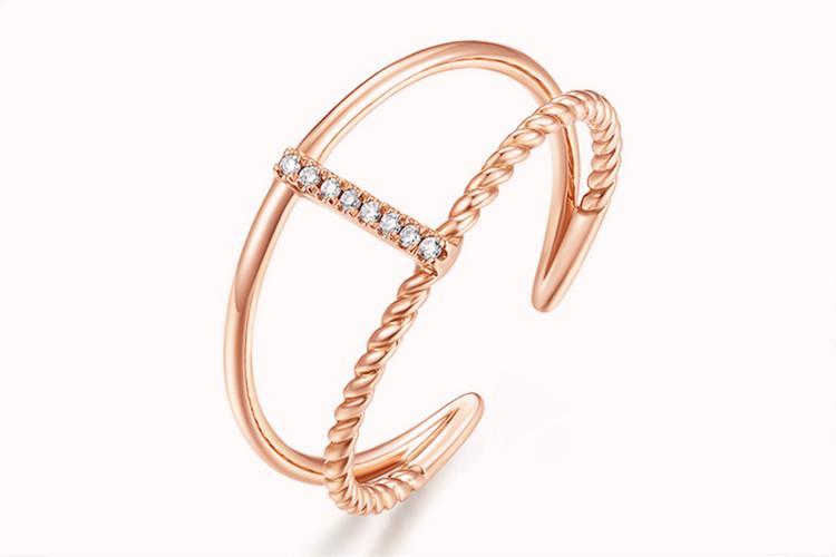 周大生珠宝18K镶钻混搭叠戴戒指双圈宽版单戒_珠宝图片