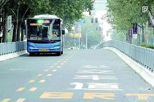 柴油车将退出合肥建成区 让更多人选择公交出行