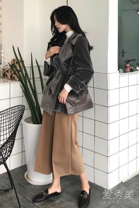 达人冬季穿衣搭配示范 一条阔腿裤就让你时髦感翻倍