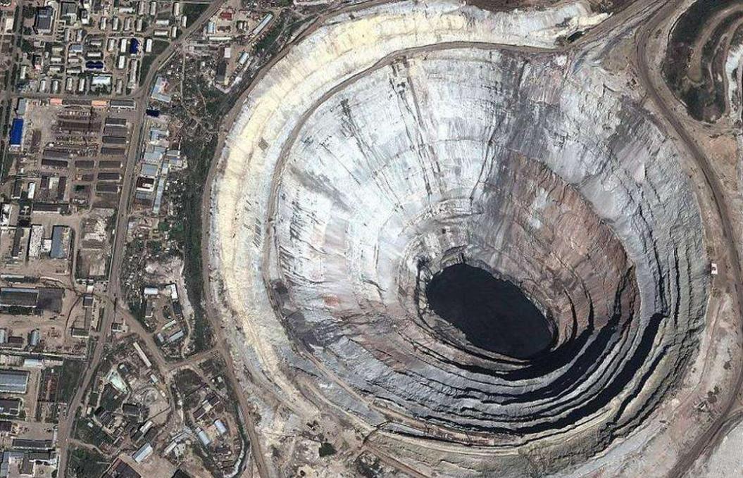 俄罗斯,世界上最大的钻石矿