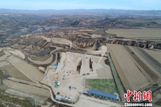 陕西发现最大春秋周系墓葬 尘封两千多年