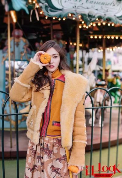 冬季明星街拍穿搭示范 叠穿法则让你高级又温暖