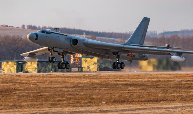 北部战区空军航空兵训练现场。