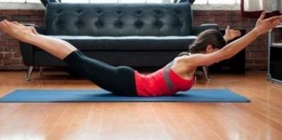 腰痛有哪几种类型?三个动作助你护腰