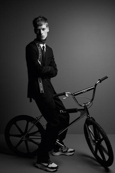 Dior Homme推出全新限量版越野自行车