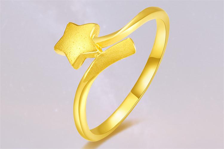 周大生珠宝黄金戒指足金磨砂扭臂五角星流星戒指_珠宝图片