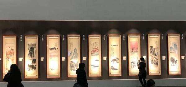 齐白石《山水十二条屏》保利秋拍拍出9.315亿天价
