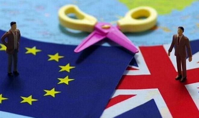 英国脱欧公投走上正轨 黄金多头或绝地反击
