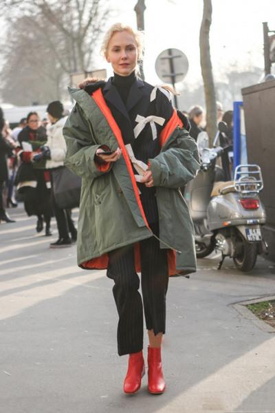 冬季达人街拍造型示范 派克大衣才是你的必备之选