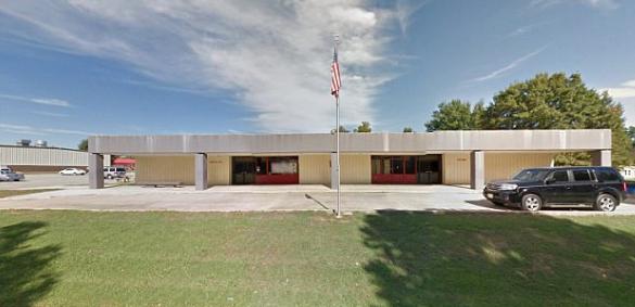 女教师与16岁男生结婚 或违反了性侵等罪名