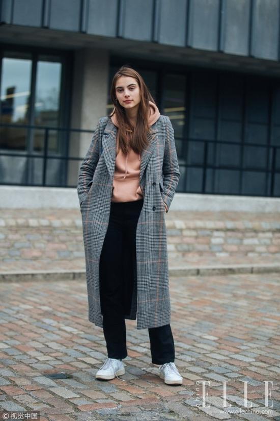 欧美服装流行趋势示范 粉+灰才是冬季最优雅配色