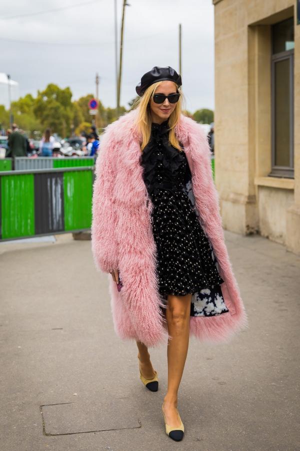 冬天穿搭一点都不难 拿出裙子来一场约会吧