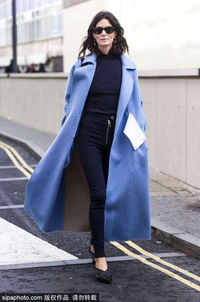 冬日服装流行趋势示范 缤纷彩色大衣助你打破沉闷