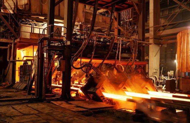 期货钢材类弱势下跌 螺纹钢弱势震荡走势明显