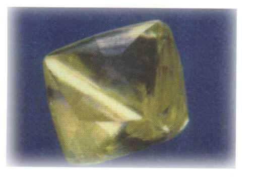 马果钻石重787.50克拉 是世上最古老的巨型钻石原石
