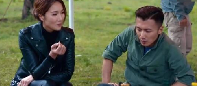 谢霆锋谈女友王菲 称自己在家会为对方做饭