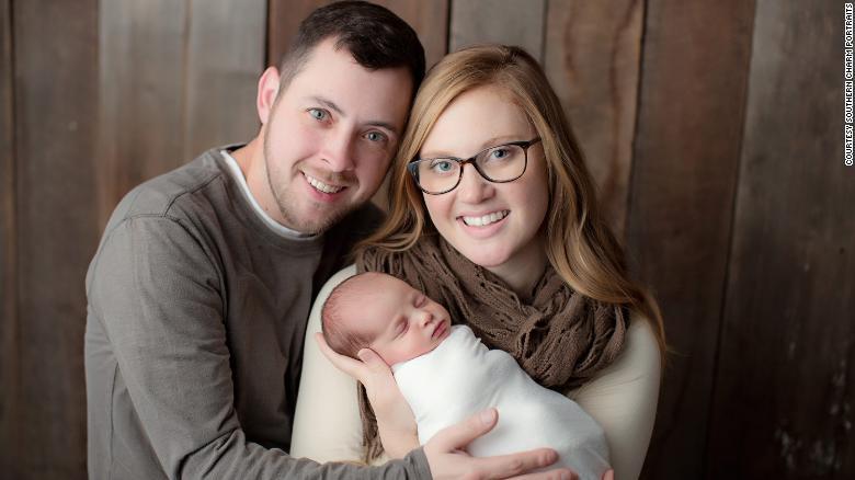 母女只相差1岁 这个世界最老胚胎的诞生打破记录了