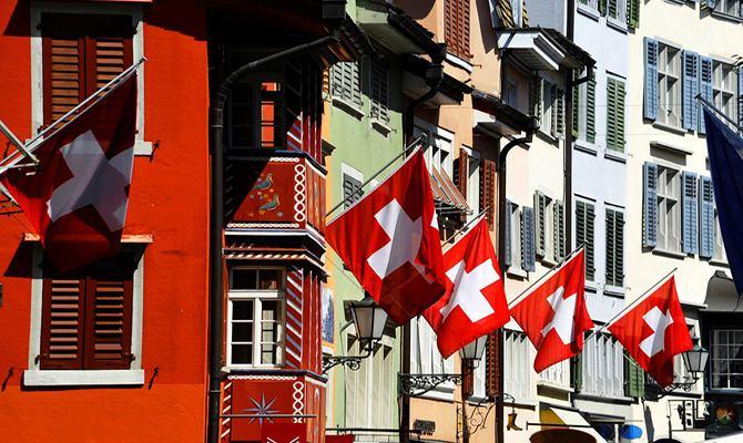 """瑞士法郎""""舍身取义"""" 瑞士经济颓势中反弹?"""