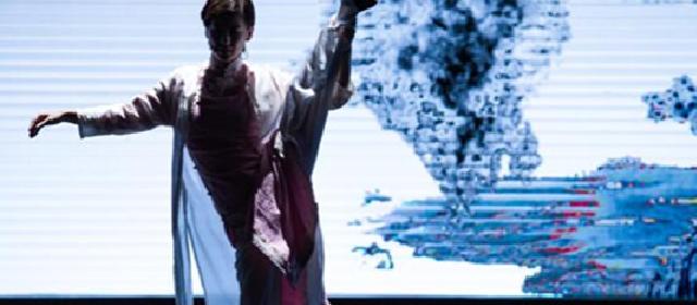 黄圣依再爆演员黑幕:真的是活生生把悲剧弄成喜剧了