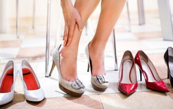 高跟鞋磨脚怎么办