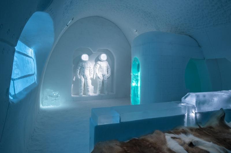 冰旅馆在12月15日开始营业,截止到来年3月份。