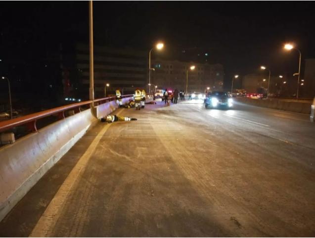 轿车撞死5环卫工 肇事者为醉酒驾车