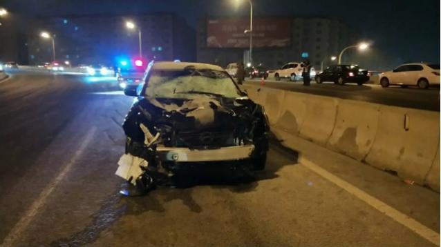 一轿车撞倒7名作业环卫工  致5死2伤