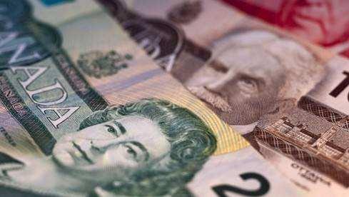 加拿大数据创佳绩 加元急速飙涨逾130点