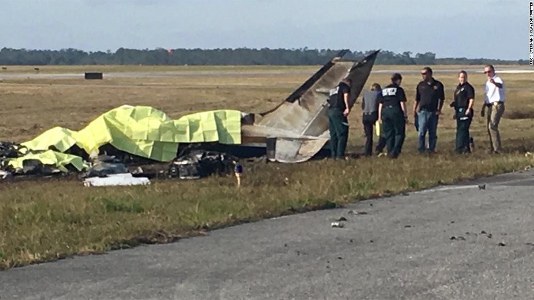 美美国佛州飞机坠毁 机上人员全部遇难