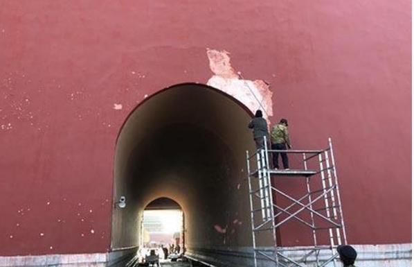 故宫回应墙皮吹落:将全面排查类似安全隐患