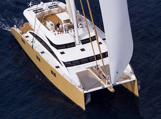 Sunreef造船厂将推出全新82英尺双层双体游艇