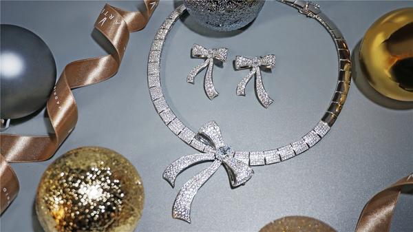西班牙时尚珠宝首饰品牌ARTĒ Madrid圣诞献礼 共度梦幻狂欢夜