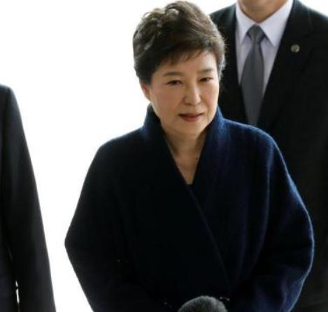 朴槿惠拒狱中受查 原定调查被迫取消