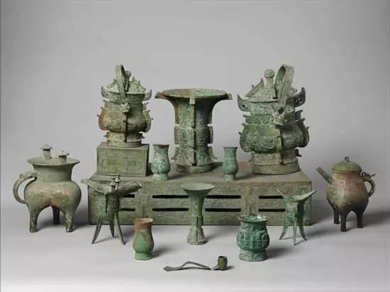 一组青铜器 商周时代 美国大都会博物馆藏