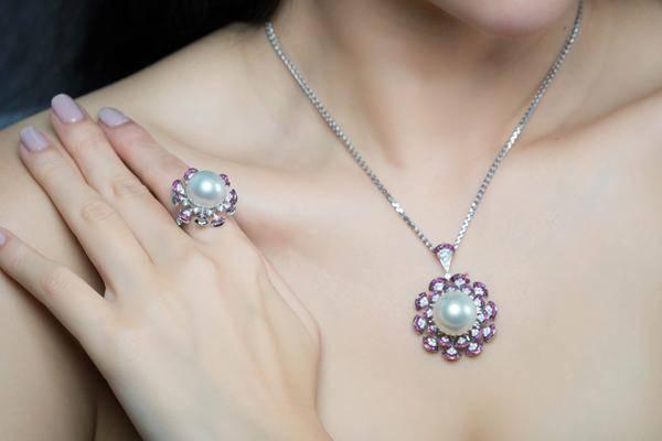 新加坡高端定制珠宝VIVIANNA.J 珍珠化身潮流元素一展风情