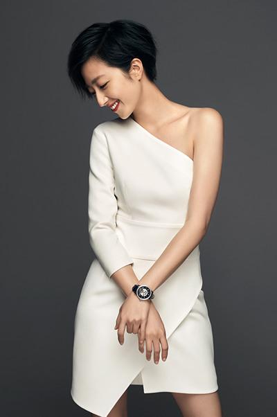 万宝龙携手桂纶镁推出全新宝曦系列女士腕表