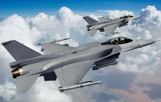 """台空军将配新响尾蛇导弹 可""""大力提升近战火力"""""""