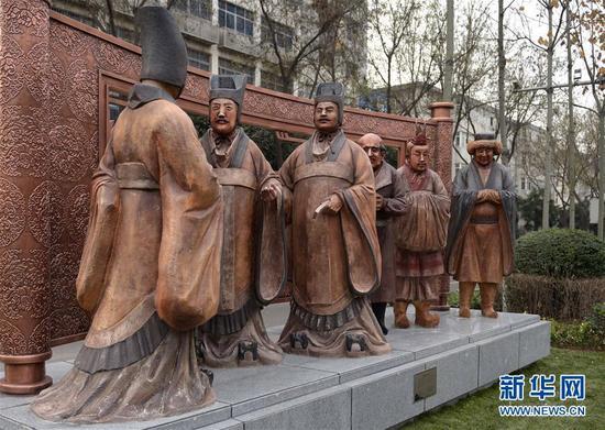 96件雕塑作品亮相西安街头