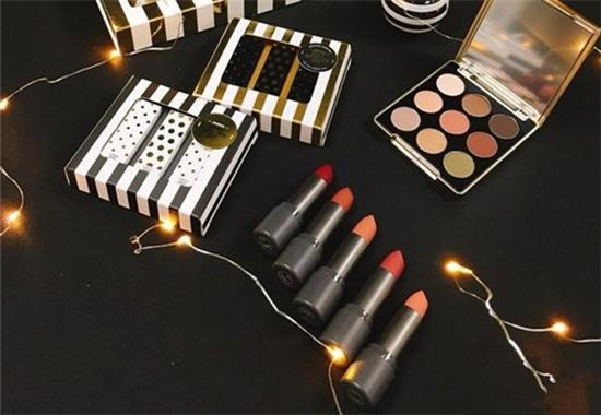 THE FACE SHOP推出全新圆梦圣诞系列彩妆