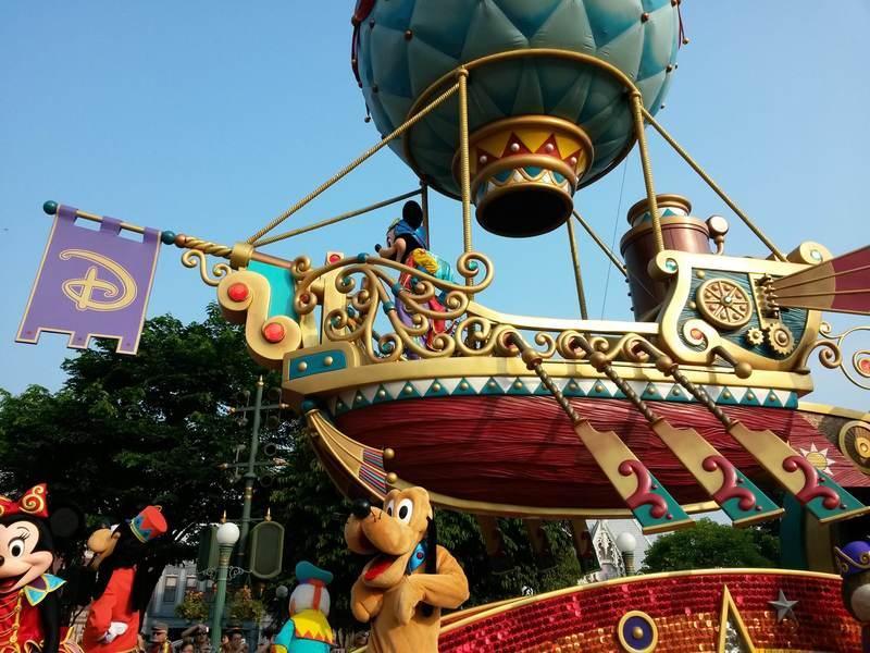 香港迪士尼业绩连续下滑 建议增加垂直业务