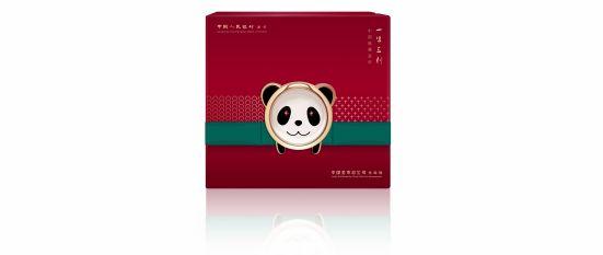 """""""中国熊猫金币·一生三刻""""套装正式发行 一次集齐三版国宝"""