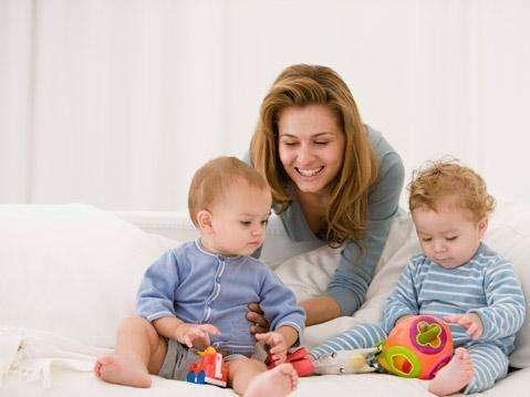 宝宝洗澡时哪六招可以帮助开发智力