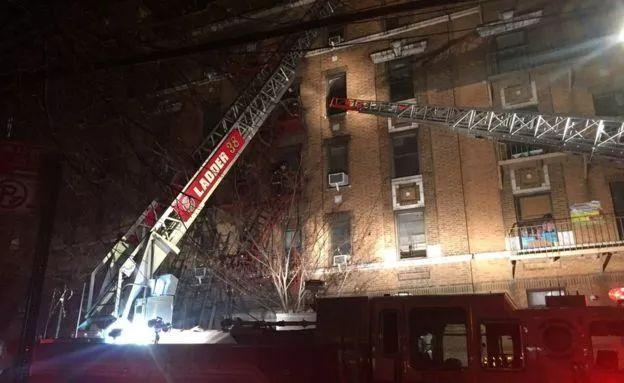 纽约大火12人遇难 市长表示这是25年来最严重的火灾事故